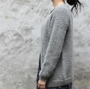 PE 006  FAVORITE CARDIGAN