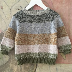 PE 019  MIX SWEATER