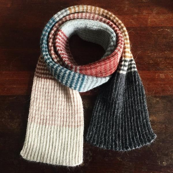 PE  Roulade Your favorite striped scarf